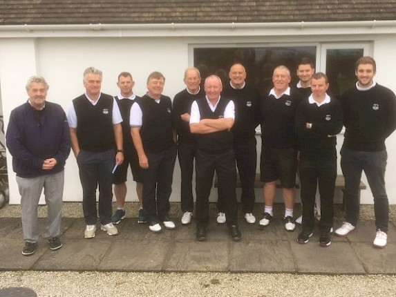 Cornwall Bowl Team prevail over Lanhydrock GC
